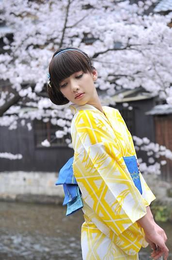 浴衣 黄.jpg